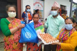 कटारी नगरपालिकाको कोसेली: गर्भवती र सुत्केरी महिलालाई पोषण तथा स्वास्थ्य सामाग्री